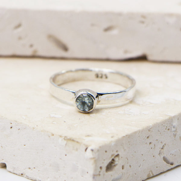 925 Silver soft hammered stacking ring with blue topaz stone - Size 8