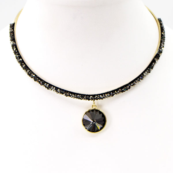Rigid collar necklace with crystal encrusted and circle drop front feature
