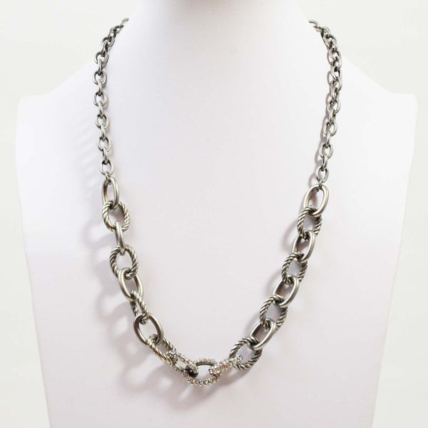Chain link necklace with diamante