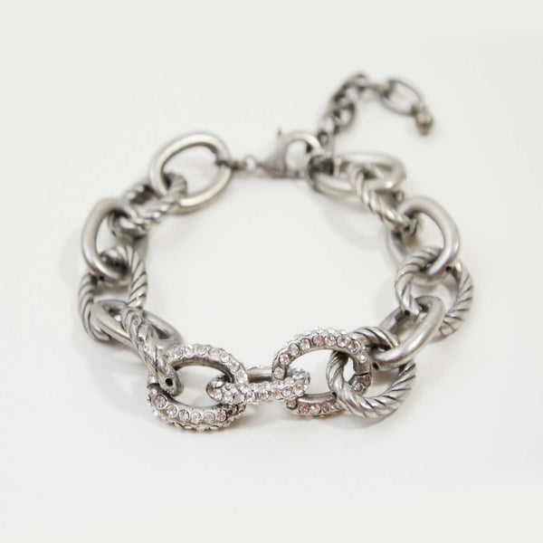 Chain link bracelet with diamante