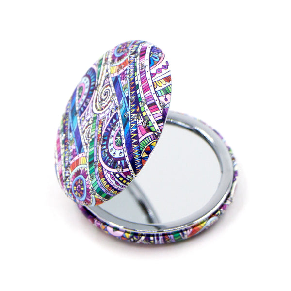 Multicoloured random wave design crystal inlay round compact mirror