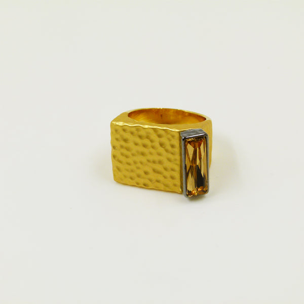 Contemporary beaten ring with rectangular stone