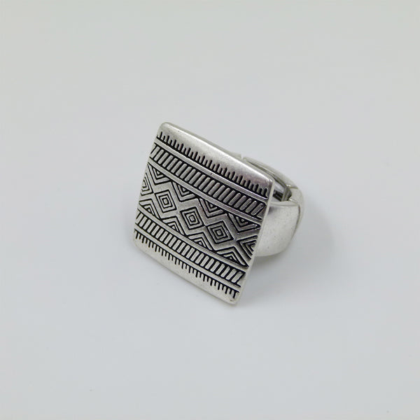 Tribal patterned stretchy ring