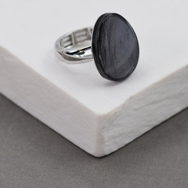 Oval grey resin stretchy ring