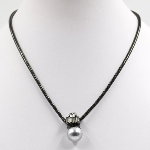 Pearl drop pendant with crystals on short snake chain
