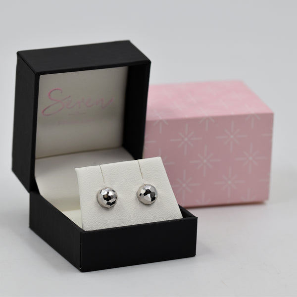 Dome shaped stud earrings 8mm