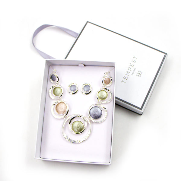 Enamel circle design necklace and earring set