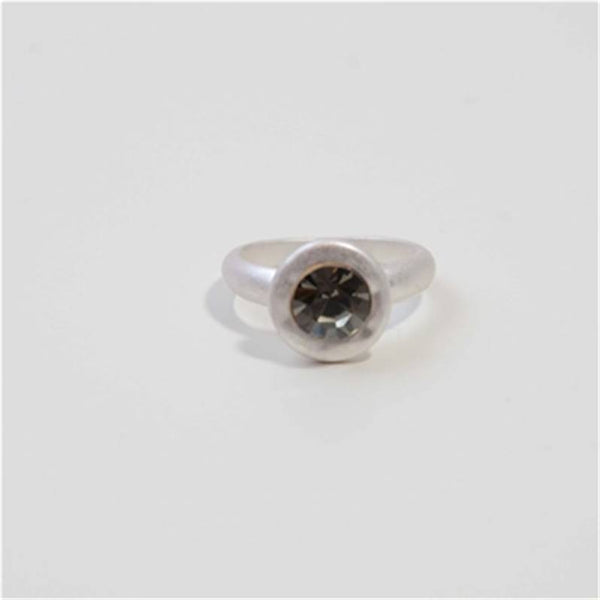 Matt silver ring with round black diamond feature