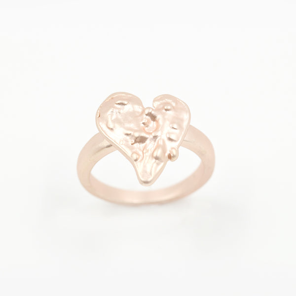Varied heart ring