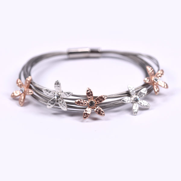 Detailed flowers w/centre crystal on delicate wire bracelet
