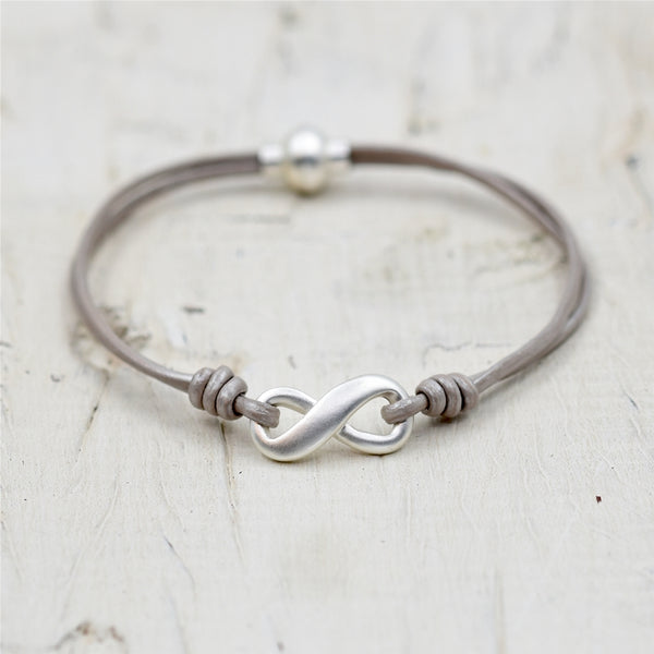 Delicate leather bracelet with infinity style detail