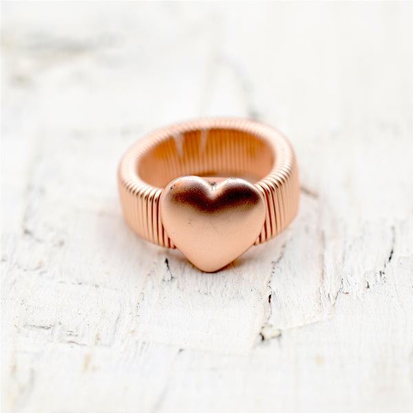 Smooth heart on chunky stretchy ring