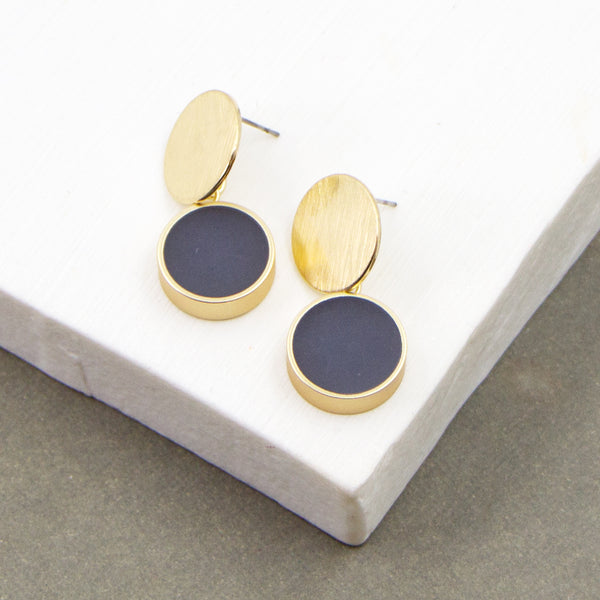 Contemporary resin circle inlay earrings with disc post