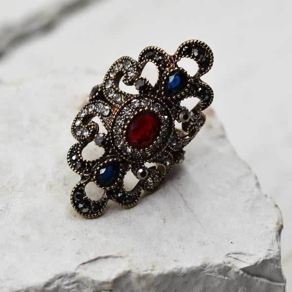 Oval filagree victoriana style ring