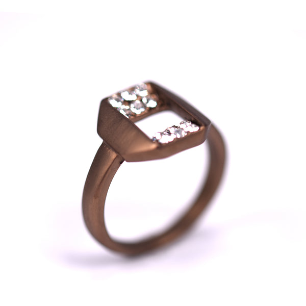 Folded effect square shape ring with crystals