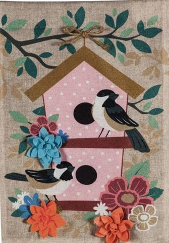 Chickadee Dot Birdhouse