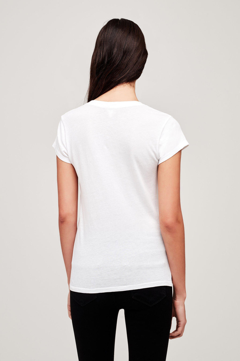 L'AGENCE BECCA V NECK TEE IN WHITE