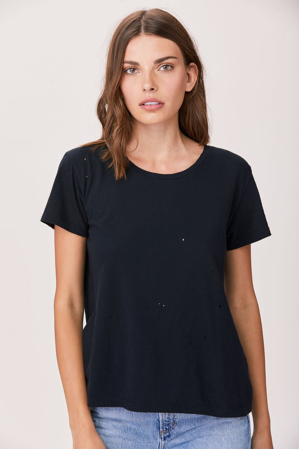 LNA WYATT DISTRESSED TEE IN BLACK