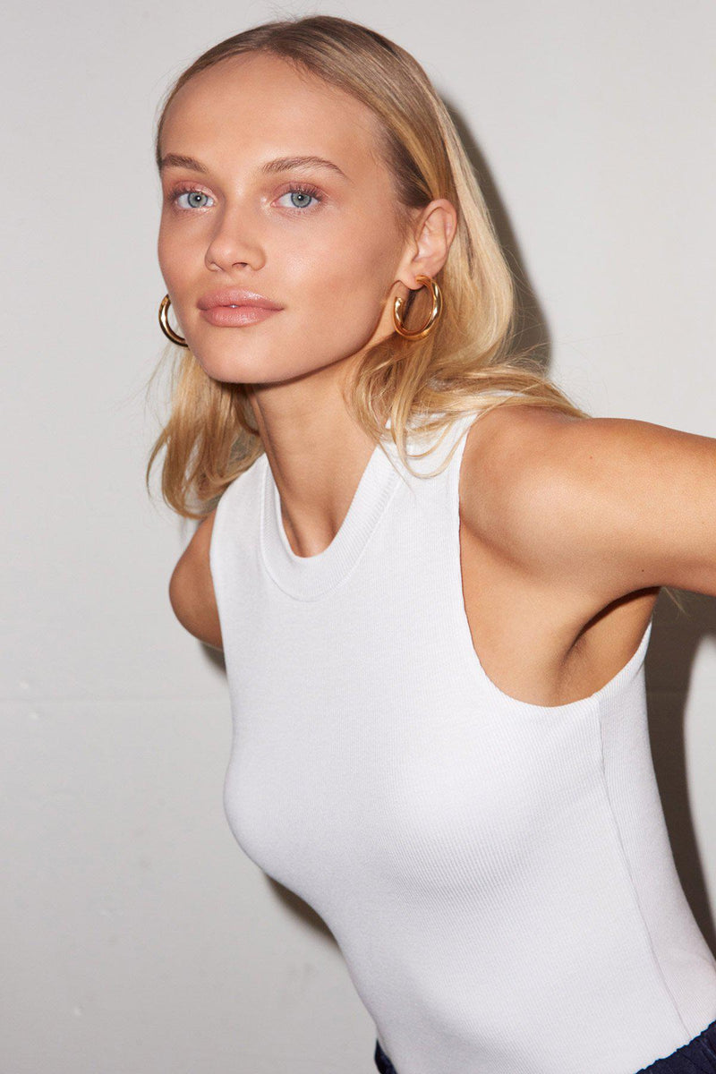 LNA RIBBED DOUBLE LAYER SLEEVELESS IN WHITE