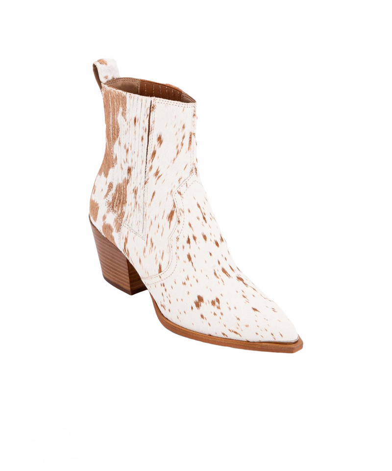 DOLCE VITA SERNA BOOTIES IN FAWN