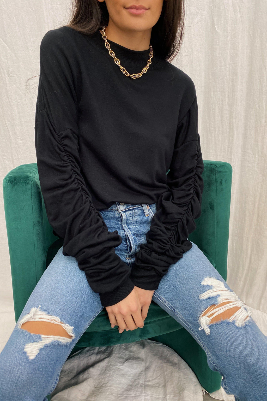 LNA PANAMA SWEATER IN BLACK