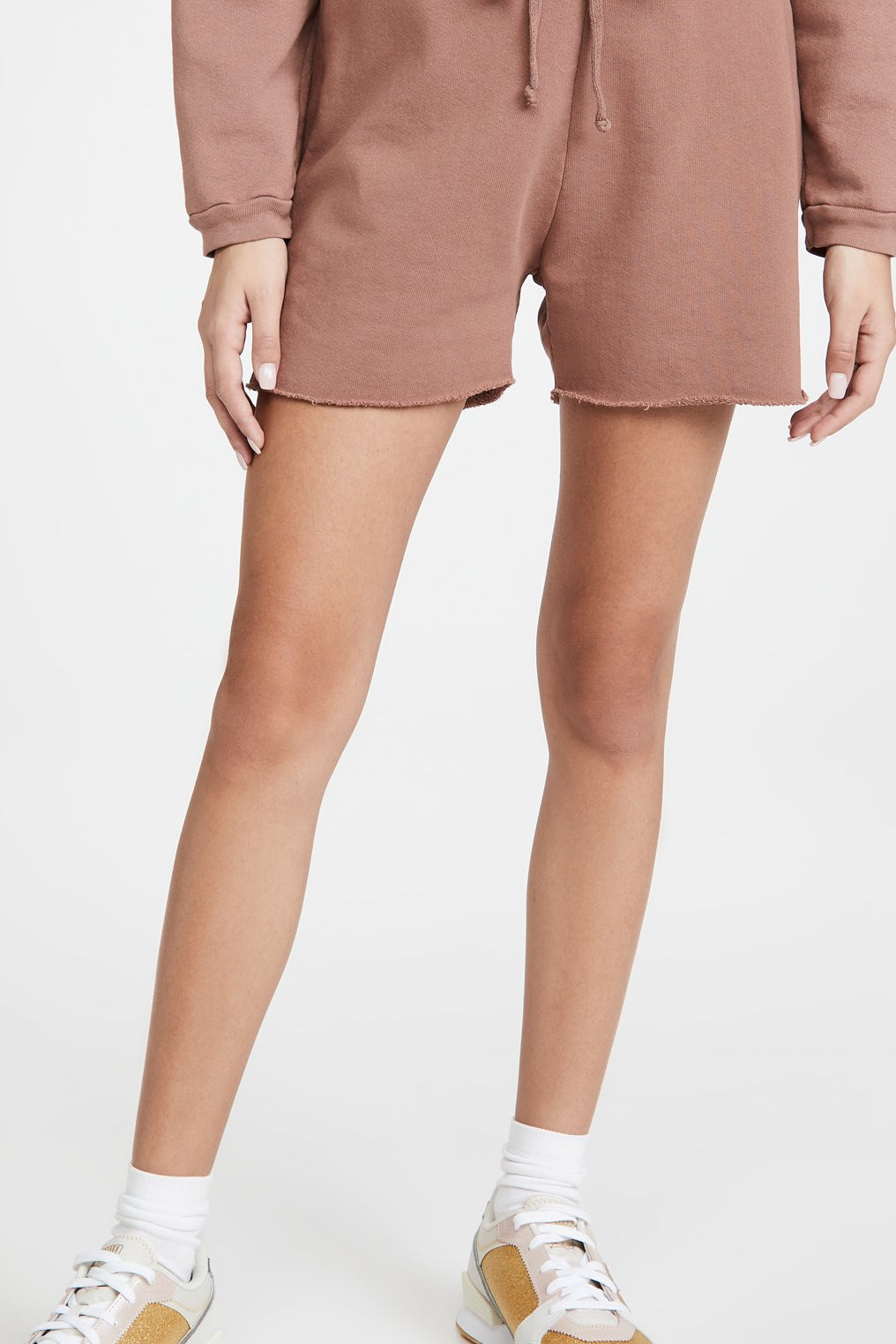 LNA LONG TERRY LOGO SHORT IN CLOVE