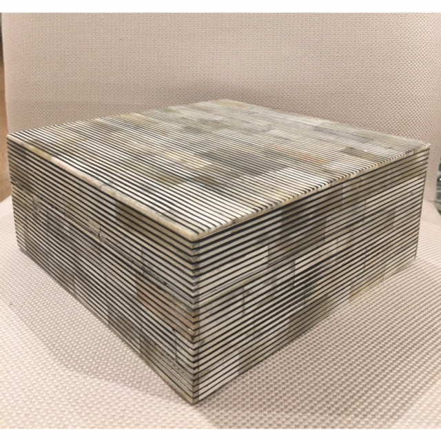 Grey Lined Box Square