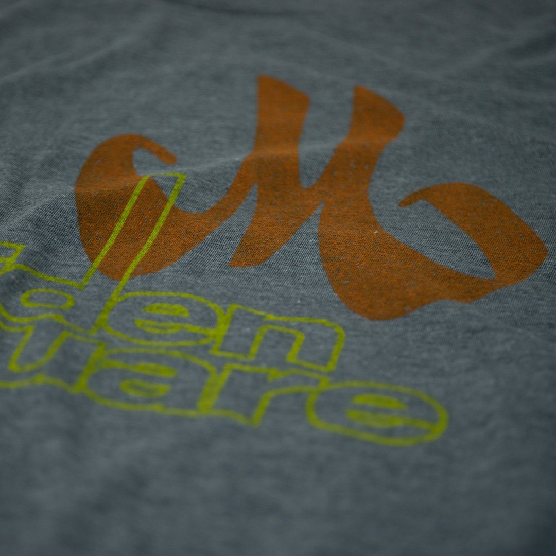 Meriden Square T-Shirt Detail Gray