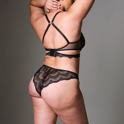 Vesey Chain Thong