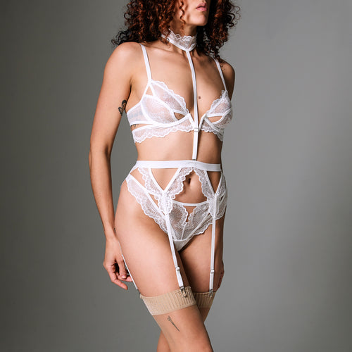 Kane Garter With Removable Choker - Ivory