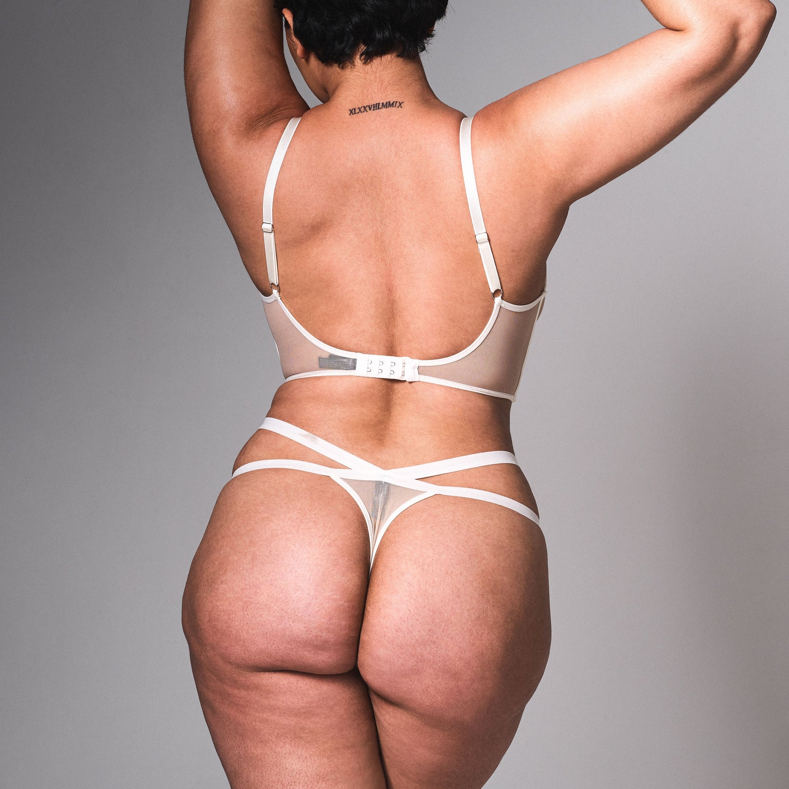 Verona Embroidered Thong - Ivory
