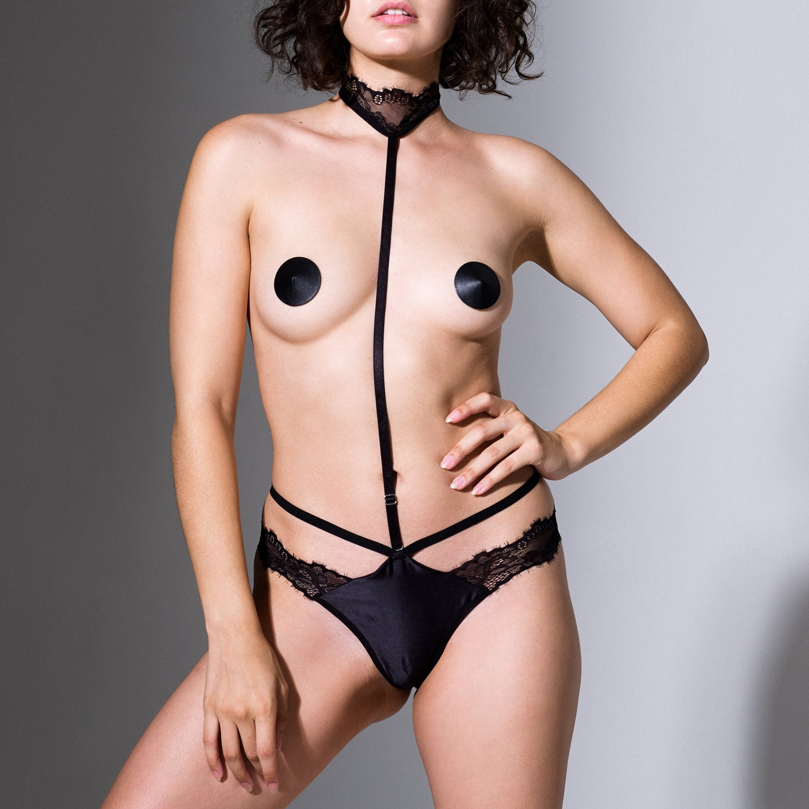 Ceres Thong & Removable Choker
