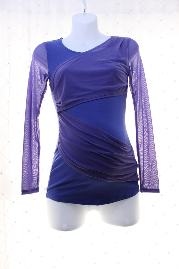 New Thyme Maternity Long Mesh Sleeve Top in Blue