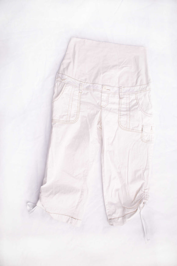 M Thyme Maternity Capris in White