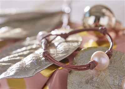 Pink Pearl Single Bracelet