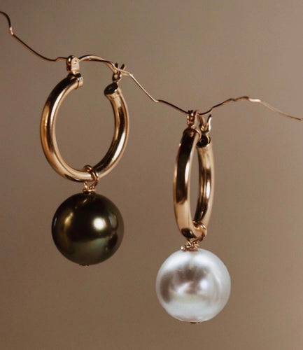Agra Pearl Earrings