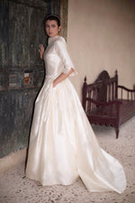 Load image into Gallery viewer, Renata Wedding Dress