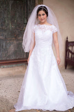 Load image into Gallery viewer, Camila Wedding Dress