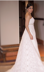 Load image into Gallery viewer, Ines Wedding Dress