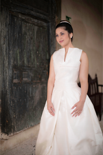 Load image into Gallery viewer, Penelope Wedding Dress