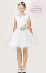 Load image into Gallery viewer, Communion Dress, Flower Girl Dress Communion Veils, Communion Shoes, Communion Gloves, Communion Bags, Chicago, London, Illinois, UK, Liverpool, Ireland, Belfast, Dublin, Germany, Miami, Canada, Toronto, Wasilla, Texas, Houston, Orlando, Weston, New York, Massachusetts, California, Colombia, Bogotá, Miami, México, Puerto Vallarta, Guadalajara, República Dominicana, Quito.
