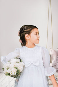 Communion Dress, Flower Girl Dress Communion Veils, Communion Shoes, Communion Gloves, Communion Bags, Chicago, London, Illinois, UK, Liverpool, Ireland, Belfast, Dublin, Germany, Miami, Canada, Toronto, Wasilla, Texas, Houston, Orlando, Weston, New York, Massachusetts, California, Colombia, Bogotá, Miami, México, Puerto Vallarta, Guadalajara, República Dominicana, Quito.