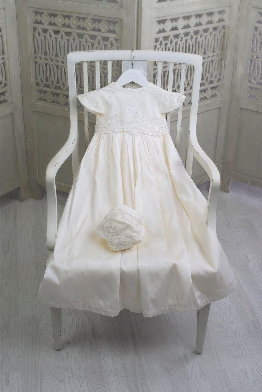 Communion Dresses in Chicago, Communion Dresses in London, Communion Dresses in UK, Communion Dresses in Illinois, Communion Dresses in Ireland, Communion Dresses in Belfast, Communion Dresses in Dublin, Communion Dresses in Germany, Communion Dresses in Miami, Communion Dresses in Canada, Communion Dresses in Toronto, Communion Dresses in Wasilla, Communion Dresses in Texas, Communion Dresses in Houston, Communion Dresses in Orlando, Communion Dresses in Weston, Communion Dresses in Orlando