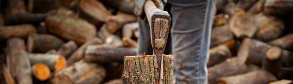 logger with splitting maul