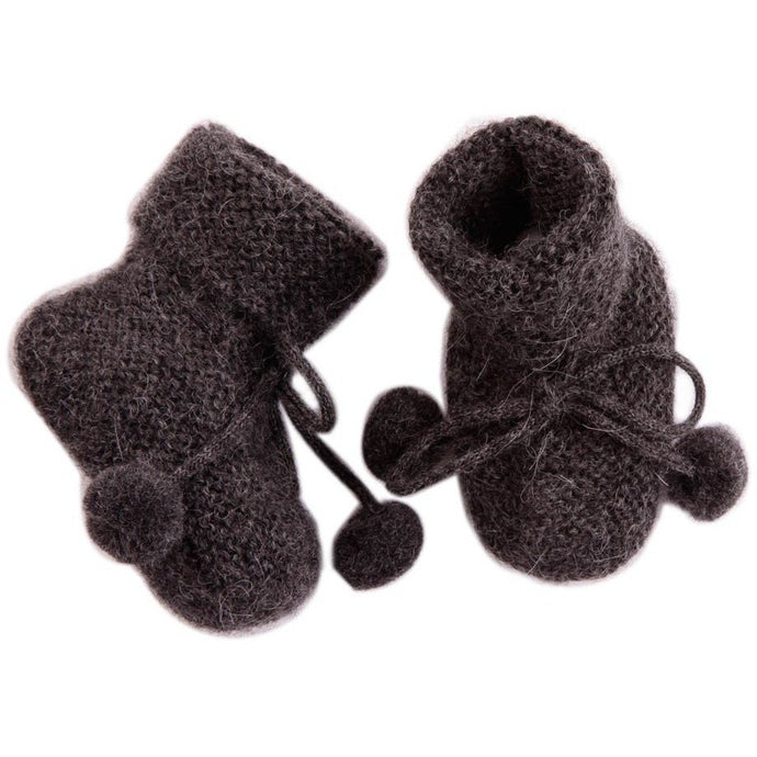 Charcoal Baby Booties, Baby Alpaga - BubbleChops LLC