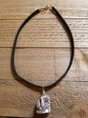 Silver Gray Raw Stone Choker Necklace