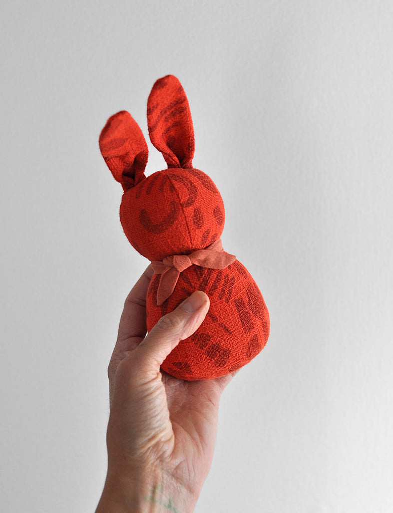 POLKA DOT CLUB x JENNY PENNYWOOD BUNNY RATTLE - army, peach, turquoise and tomato