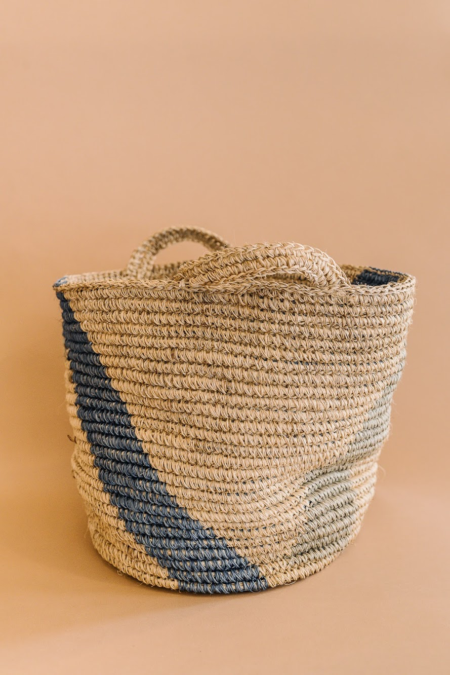 Summit Storage Basket