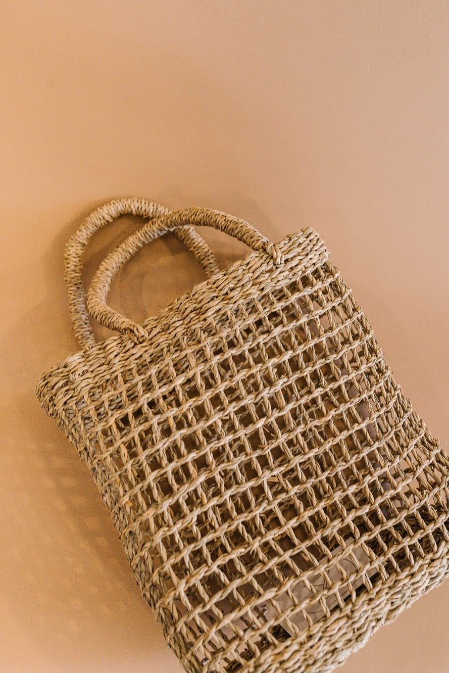 Open Weave Seagrass Shopper