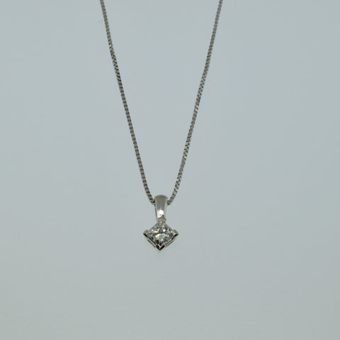14k White Gold Princess Cut Diamond Necklace